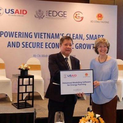 Mỹ tài trợ 14 triệu USD giúp Việt Nam tăng cường an ninh năng lượng đô thị